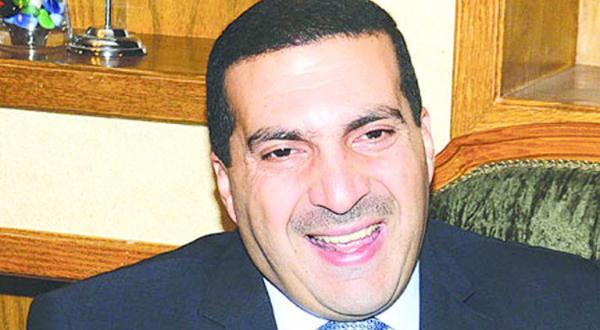 عمرو خالد هو ذاته المسيح الدجال الواردة صورته على حجر النقش العجيب !! Oo_u_o10