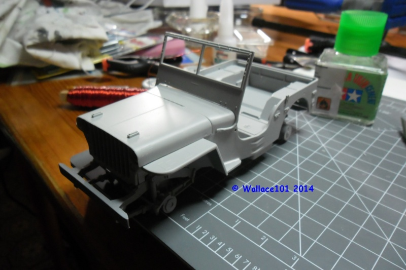 Jeep Willys Italeri 1/24 (ref: 6351) (débuts peintures) - Page 2 10100013