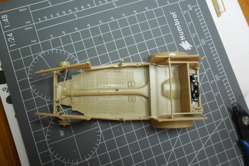 "Kübelwagen Type 82 ""DAK"" Hasegawa 1/24 (terminée) 11090112"