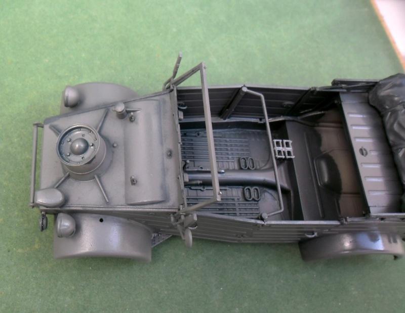 "Kübelwagen Type 82 ""DAK"" Hasegawa 1/24 (terminée) - Page 4 19090011"