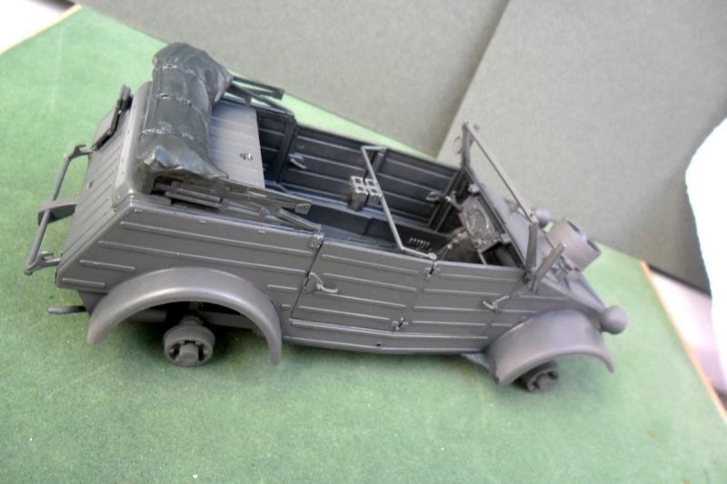 "Kübelwagen Type 82 ""DAK"" Hasegawa 1/24 (terminée) - Page 4 19090013"
