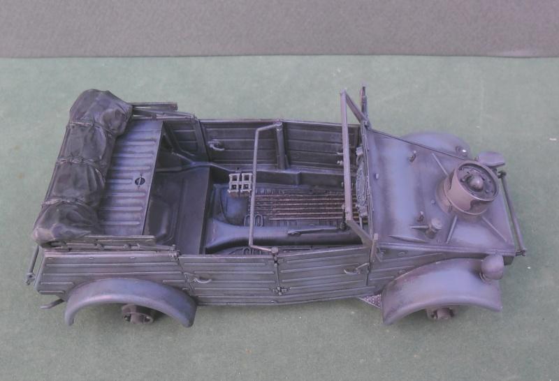 "Kübelwagen Type 82 ""DAK"" Hasegawa 1/24 (terminée) - Page 5 20090012"
