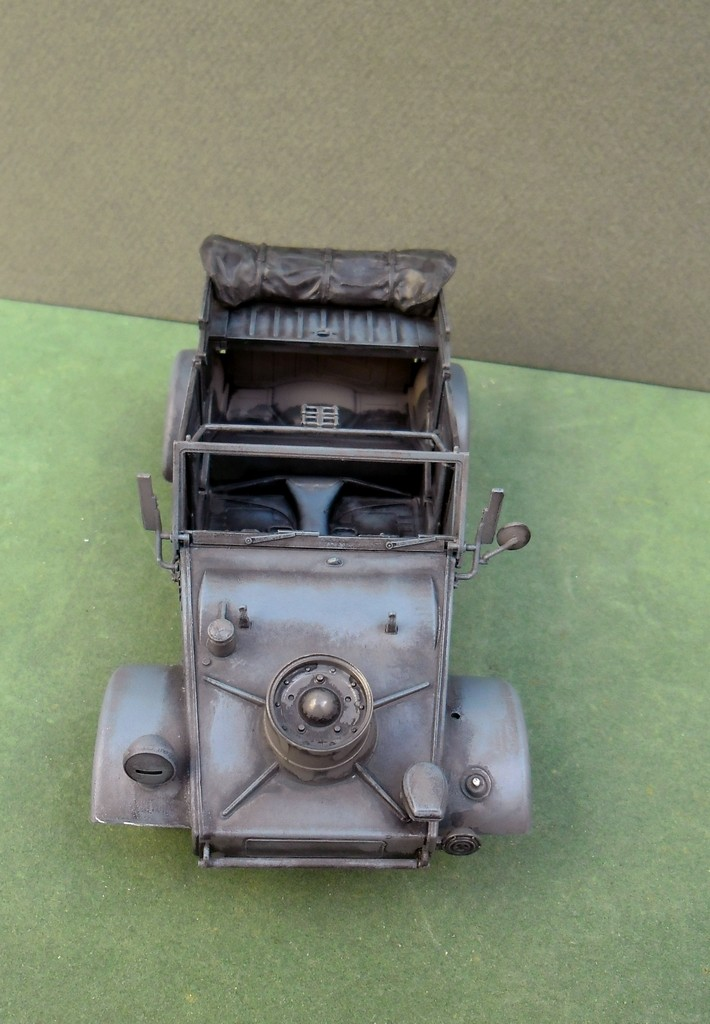 "Kübelwagen Type 82 ""DAK"" Hasegawa 1/24 (terminée) - Page 5 20090013"