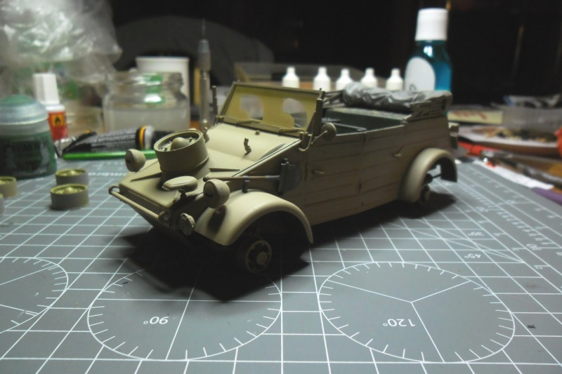 "Kübelwagen Type 82 ""DAK"" Hasegawa 1/24 (terminée) - Page 6 21090010"