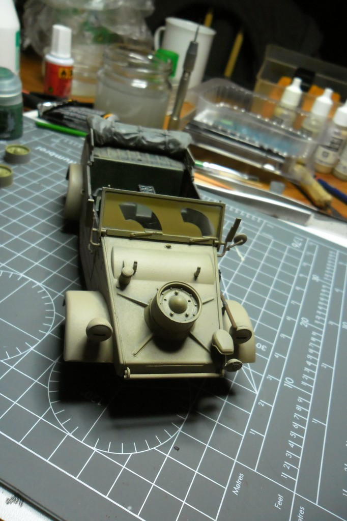 "Kübelwagen Type 82 ""DAK"" Hasegawa 1/24 (terminée) - Page 6 21090011"