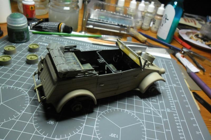 "Kübelwagen Type 82 ""DAK"" Hasegawa 1/24 (terminée) - Page 6 21090012"