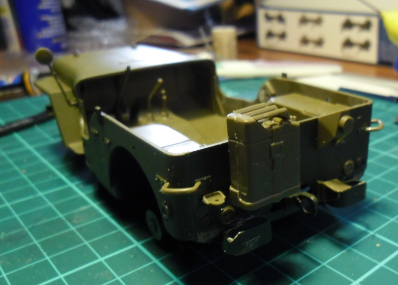 "Jeep Willys ""Short Stop"" Italeri 1/24 (finie) - Page 2 29060010"