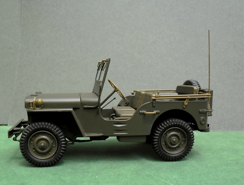 "Jeep Willys ""Short Stop"" Italeri 1/24 (finie) - Page 3 30060011"