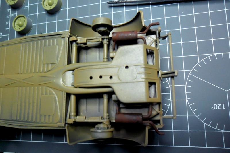 "Kübelwagen Type 82 ""DAK"" Hasegawa 1/24 (terminée) - Page 6 Echapp10"