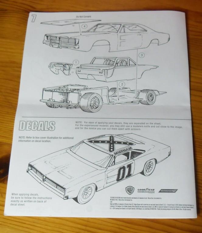 """Dodge Charger R/T 1969 """"Général Lee"""" 1/25 : Décès de Rosco (page 6) Notice13"""