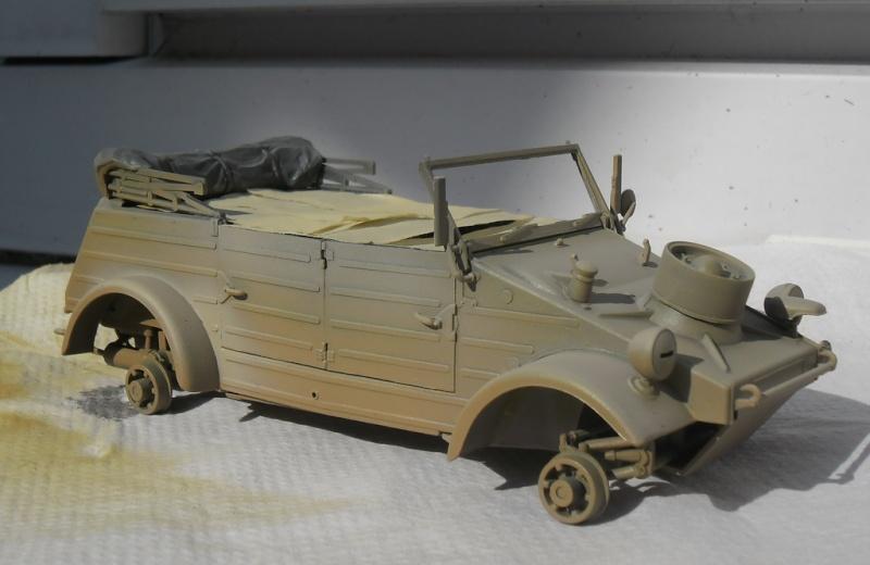 """Kübelwagen Type 82 """"DAK"""" Hasegawa 1/24 (terminée) - Page 6 Peint_13"""