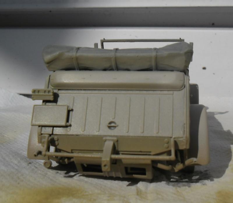 """Kübelwagen Type 82 """"DAK"""" Hasegawa 1/24 (terminée) - Page 6 Peint_15"""
