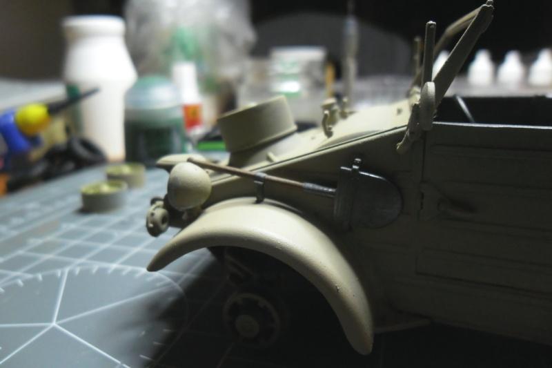 "Kübelwagen Type 82 ""DAK"" Hasegawa 1/24 (terminée) - Page 6 Pelle10"