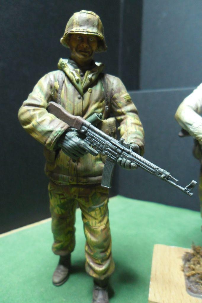 Figurines 120mm Verlinden, Dragon, Tamiya etc... Sam_3214