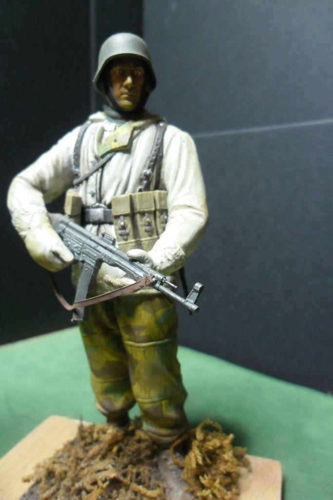 Figurines 120mm Verlinden, Dragon, Tamiya etc... Sam_3215