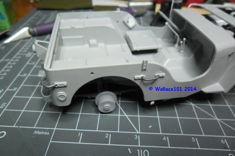 Jeep Willys Italeri 1/24 (ref: 6351) (débuts peintures) - Page 3 Scratc13