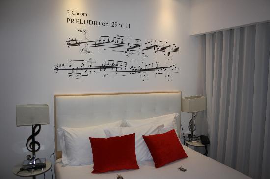 Pour ma chambre:Papier peint? Peinture? Comment obtenir ceci... Hotel-10