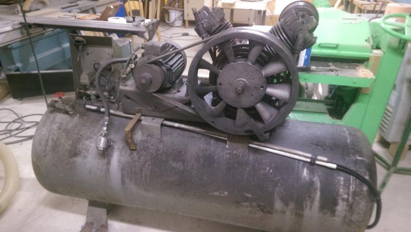 nouveaux venu; un compresseur creyssensac a restaurer...si il en vaut encore la peine! ^^ Imag0312
