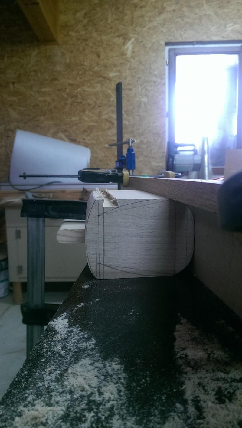 mini lit bébé pour deco de table  Imag0319
