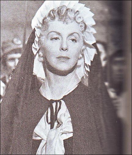Marie-Antoinette à travers le cinéma - Page 2 15_ay010