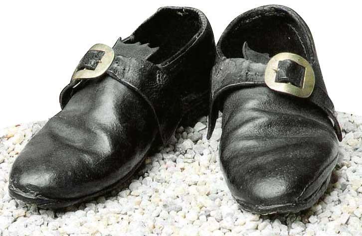 Les chaussures du XVIIIe siècle 510