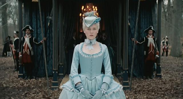 Marie Antoinette avec Kirsten Dunst (Sofia Coppola) - Page 2 511