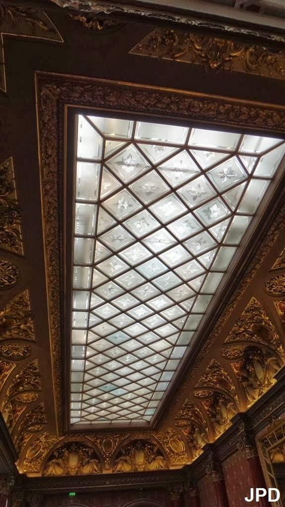 L'hôtel de Mercy Argenteau à Paris, boulevard Montmartre 610