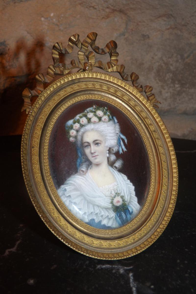A vendre: miniatures de Marie Antoinette et de ses proches - Page 2 70274-10