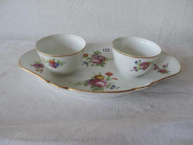 A vendre: meubles et objets divers XVIIIe et Marie Antoinette 7df1fb10