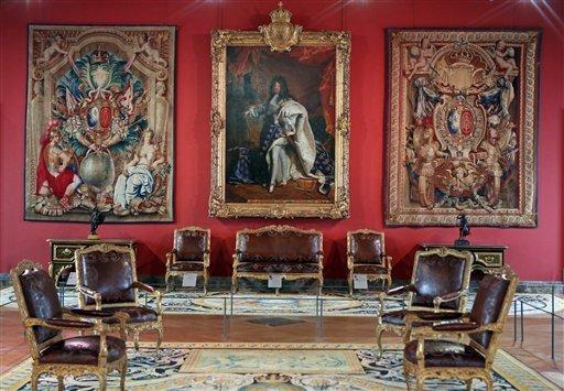 Louvre: réouverture de salles Louis XVI-Marie Antoinette - Page 2 906-cg10