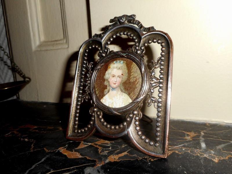 A vendre: miniatures de Marie Antoinette? - Page 2 _5721