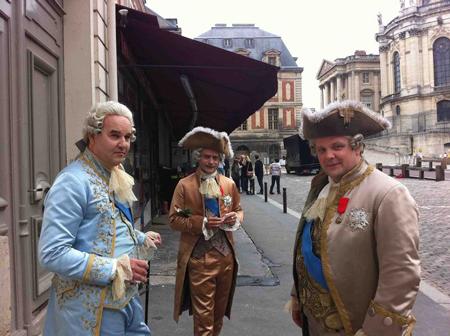 Films sur Marie-Antoinette : anachronismes et photos de tournage - Page 2 A-tour12