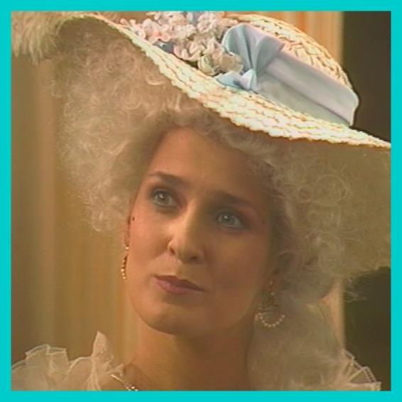 Marie-Antoinette à travers le cinéma - Page 2 C11510
