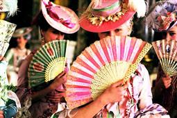 Marie-Antoinette à travers le cinéma - Page 3 Fg457410