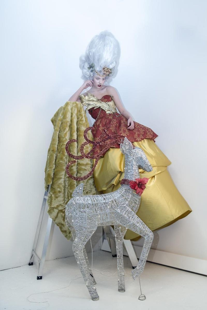 Haute Couture à la Marie Antoinette, Holiday in Versailles (Garvin Garcia - Michelle Aristocrat) Holida10