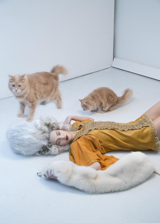 Haute Couture à la Marie Antoinette, Holiday in Versailles (Garvin Garcia - Michelle Aristocrat) Holida11