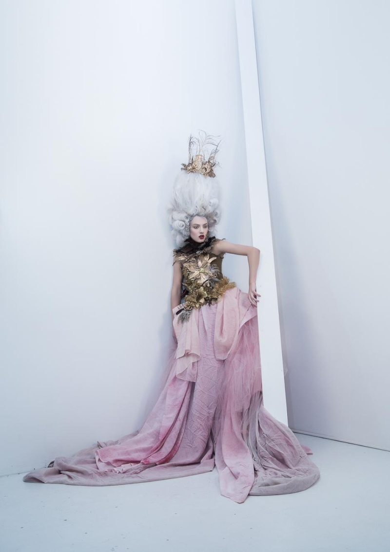 Haute Couture à la Marie Antoinette, Holiday in Versailles (Garvin Garcia - Michelle Aristocrat) Holida12