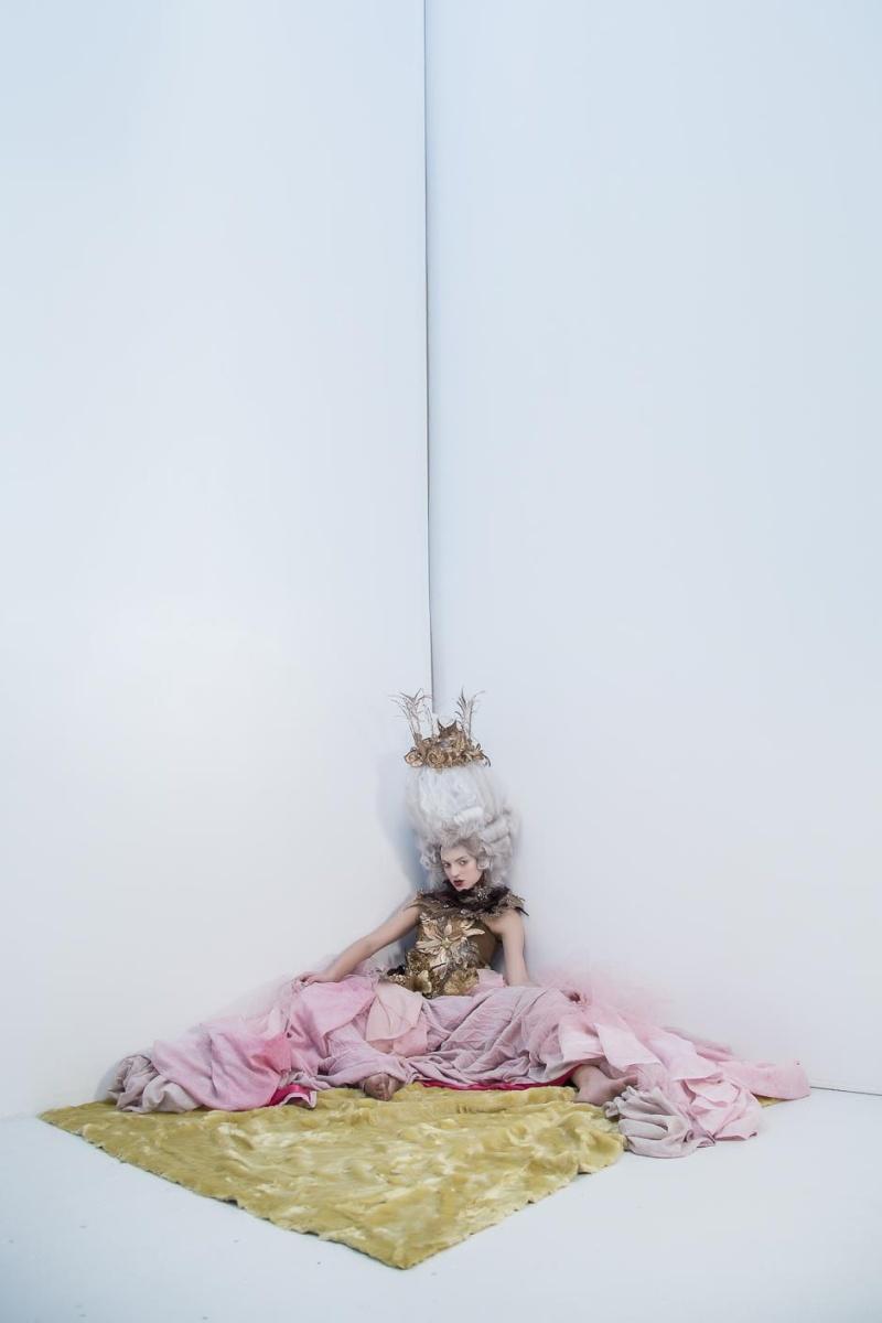 Haute Couture à la Marie Antoinette, Holiday in Versailles (Garvin Garcia - Michelle Aristocrat) Holida13