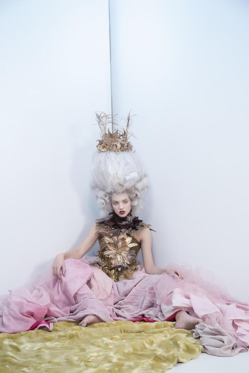 Haute Couture à la Marie Antoinette, Holiday in Versailles (Garvin Garcia - Michelle Aristocrat) Holida14