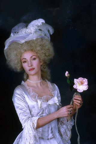 Marie-Antoinette à travers le cinéma - Page 2 Janese10