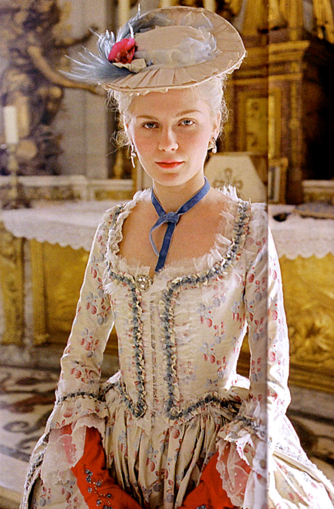 Marie Antoinette, by Sofia Coppola - Page 2 Kirste10