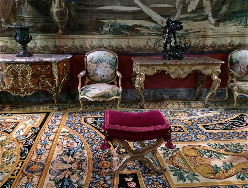 Louvre: réouverture de salles Louis XVI-Marie Antoinette - Page 2 L1110