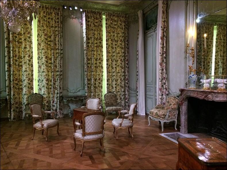 Louvre: réouverture de salles Louis XVI-Marie Antoinette - Page 2 L1412