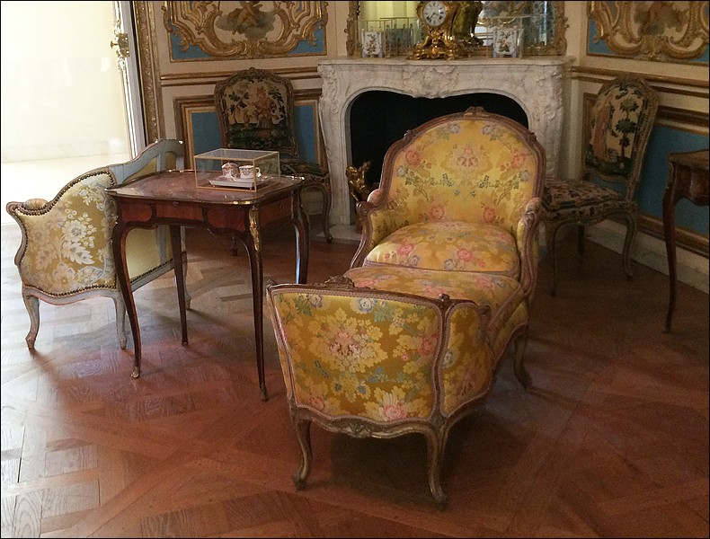 Louvre: réouverture de salles Louis XVI-Marie Antoinette - Page 2 L810