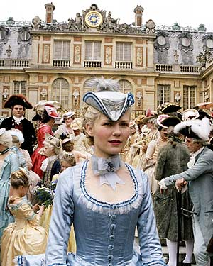 Marie Antoinette, by Sofia Coppola - Page 2 Ma_06110