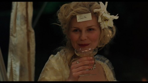 Marie Antoinette, by Sofia Coppola - Page 2 Mariea24