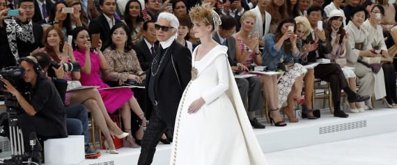 Haute Couture: Nouveau Versailles et Marie Antoinette dans l'espace N-chan10