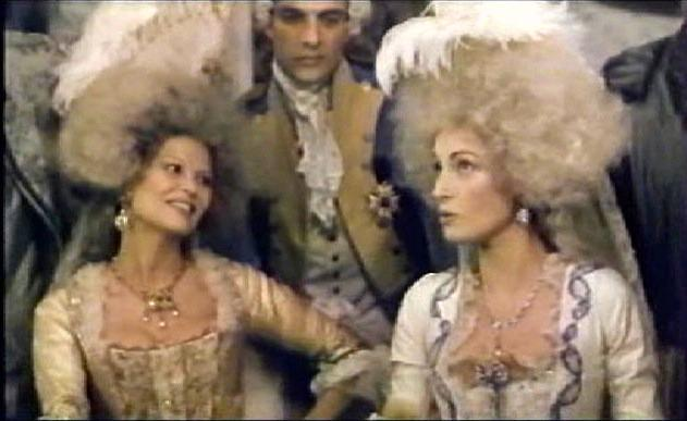 Marie-Antoinette à travers le cinéma - Page 3 Rev11m12