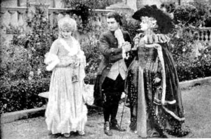 Marie-Antoinette à travers le cinéma Scaram13