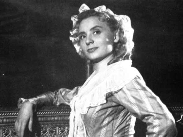 Si Versailles m'était conté (Lana Marconi), réalisé par Sacha Guitry en 1953 - Page 2 Si_ver10